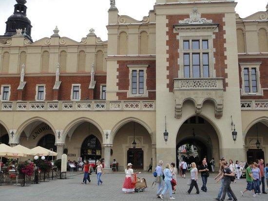 Cracovia: Detalle de la plaza