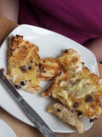 The Apple Pie: toasted bath bun...yummy!
