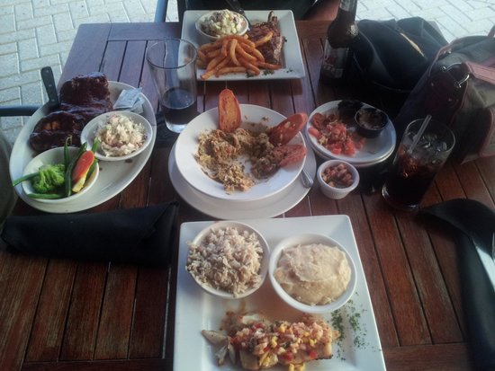 Riverhouse Reef & Grill: Our meal.