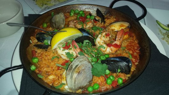 Espana Restaurant & Tapas: Seafood Paella. Excellent.