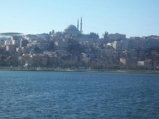 Bosphorus Strait: vista desde el ferry