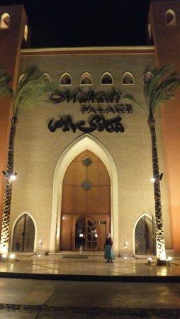 The Makadi Palace Hotel: Hotel entrance