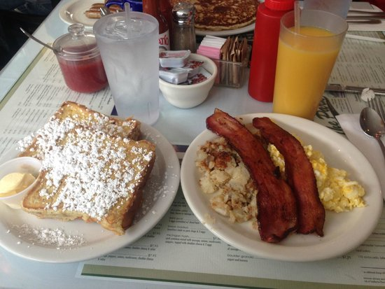 The Park Cafe: French Toast Explosion! Best bacon ever too!