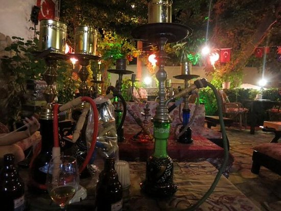 Boomerang Guesthouse & Restaurant : Shisha, chill time