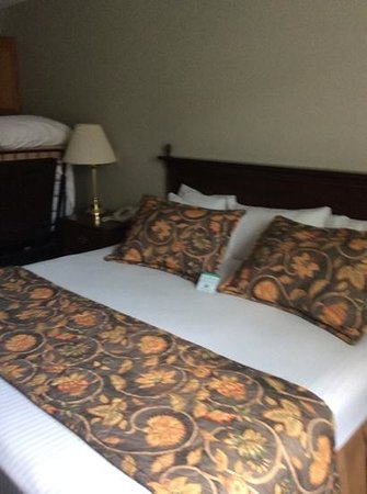 BEST WESTERN Westminster Catering & Conference Center: bedding area