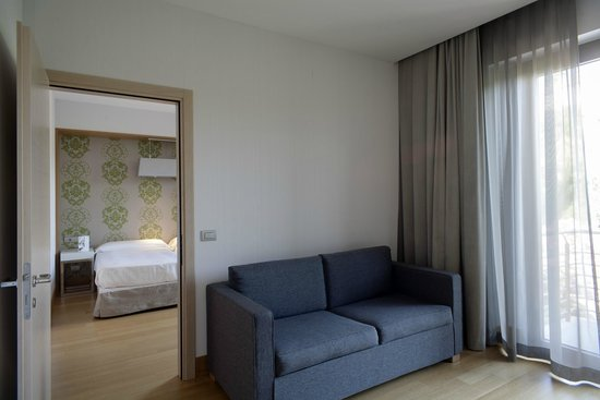 NH Palermo: Guest room - Deluxe