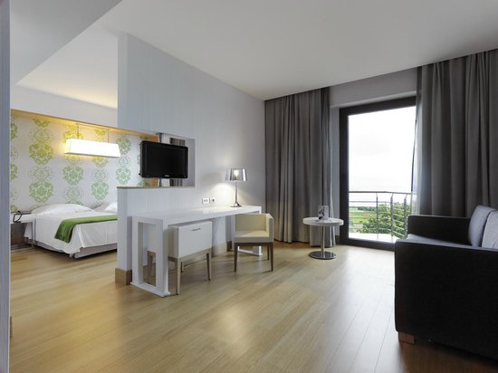 NH Palermo: Guest room - Suite