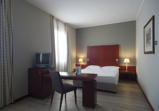 NH Palermo: Guest room - Superior