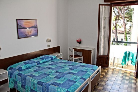 Hotel Tre Pini : Camera