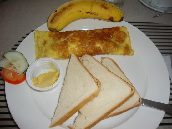 Micasa Lodge: Ham Omelette