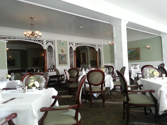 Cliff House Hotel Dining Room: Beautiful dining room