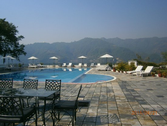 Waterfront Resort Hotel: The Pool