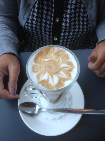Stokes Collection Cafe: Arty Latte