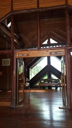 Phu Pha Nam Resort: Lobby area