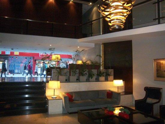 Grand King Hotel: HTL LOBBY