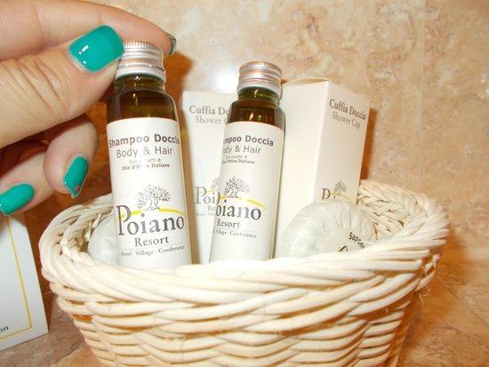 Poiano Resort Hotel: ottimi prodotti bio  'goccia doro bio'prodotti da Olivi Poiano