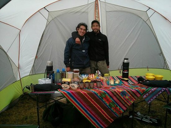 Llama Pack Backpacker: Max and Coque @ the meal tent