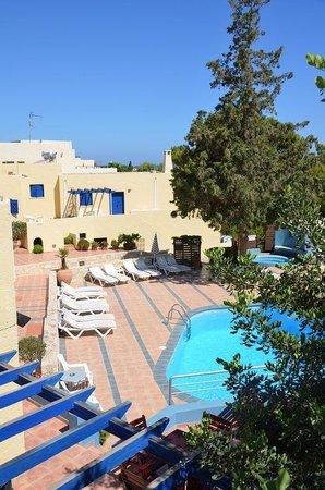 Esperides Villas & Spa: espace piscine