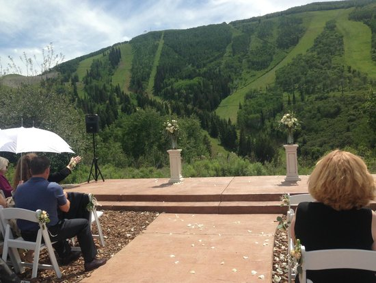 Park City Mountain Resort: Beautiful backdrop for the wedding (even though you feel like you are falling)
