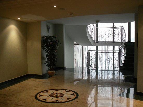 Hotel Kaktus Albir: SALLE DE BAINS
