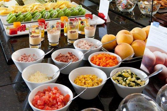 NH Madrid Paseo de la Habana : Breakfast Buffet