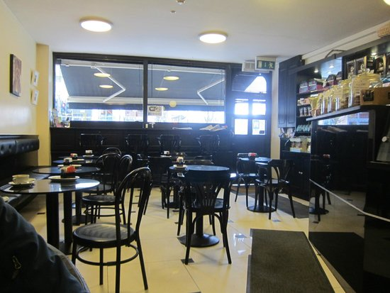 Lir Cafe: Inside the Cafe