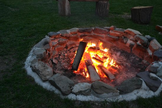 The Inn at Pocono Manor: The Fire Pit
