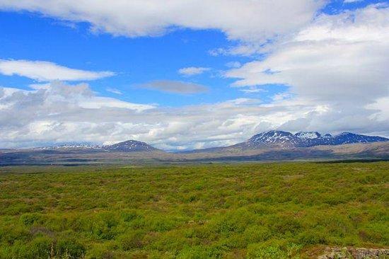Gateway to Iceland : Pingvellir National Park
