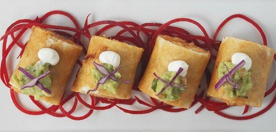 Tortilla Republic: Flautas