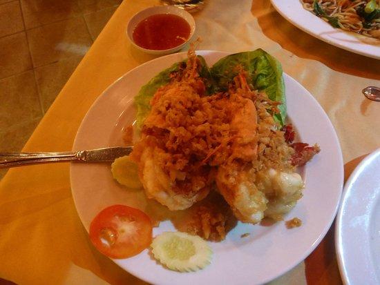 Orkid Ria Seafood Restaurant : Awsome Tiger prawns in garlic