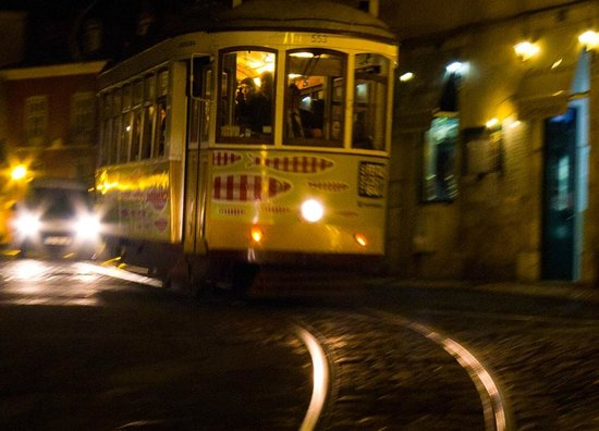 Tram 28: #28 at night