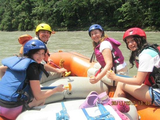 Jatunyacu River: Aventura en familia!