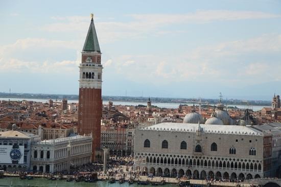 San Giorgio Maggiore : The view to St Marks Square