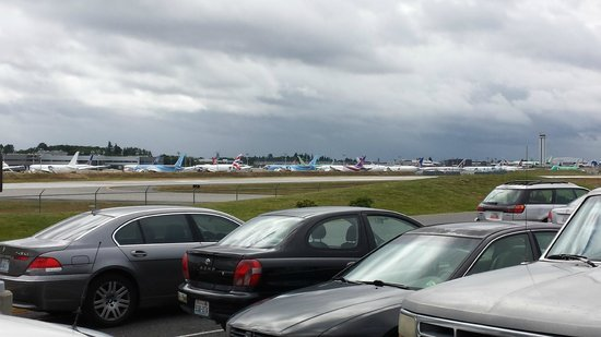 Future of Flight Aviation Center & Boeing Tour: Planes waiting for customer pick up.