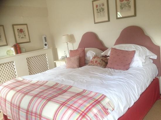 The King's Head Inn: room 3