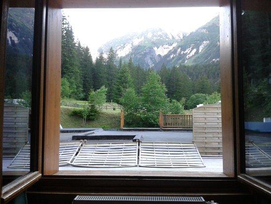 Hôtel Epicéa Lodge : vue de la chambre 17 (single)