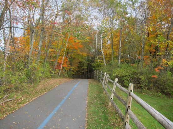 Stowe Recreation Path: Rec Path and Fall colors