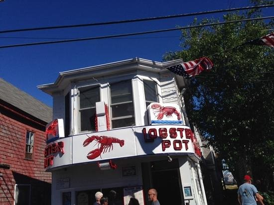 Lobster Pot: Dont go by the exterior