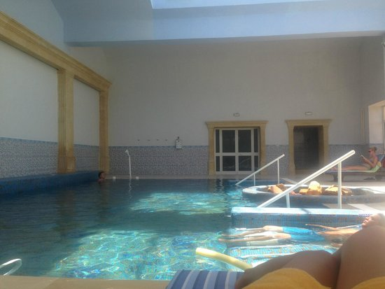 Medina Belisaire & Thalasso: Indoor Pool