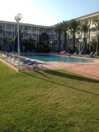 Medina Belisaire & Thalasso: Quiet pool