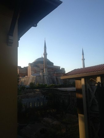 Four Seasons Hotel Istanbul at Sultanahmet: Amazing view from the room