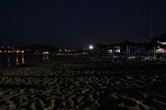 Faliraki Beach : beach at night