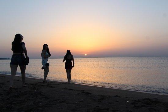 Faliraki Beach : sun rise