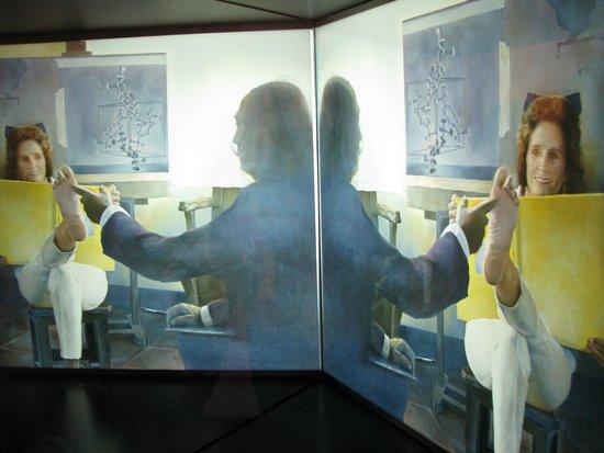 Théâtre-musée Dalí : ftereoscopic painting