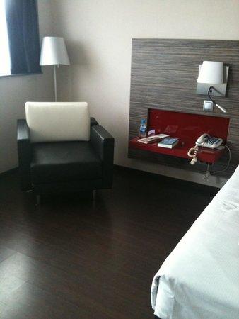 Ilunion Barcelona: Room