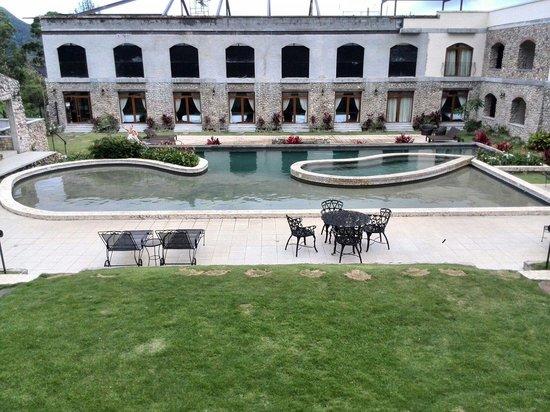 Los Mandarinos Boutique Spa & Hotel Restaurant: En Remodelación, foto tomada el 25.06.2014