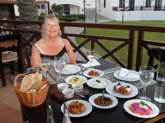 Creta Maris Beach Resort: Pithos Restaurant