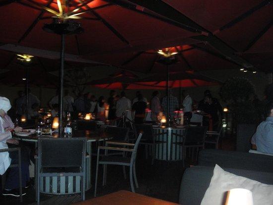 CE LA VI Restaurant: Outside view restaurant and bar