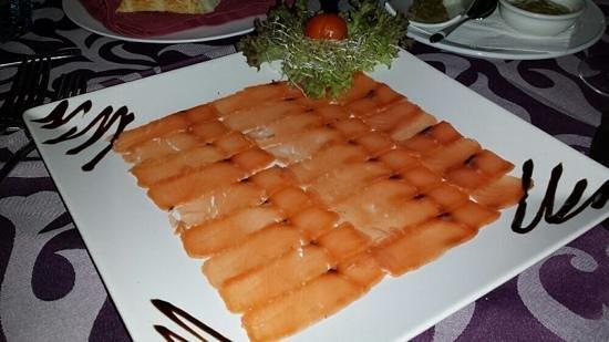 Romantica : Salmon starter
