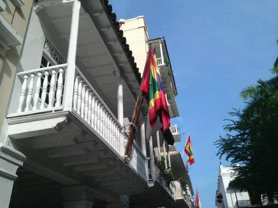 Plaza Bolivar : sede concurso nacional de la Belleza